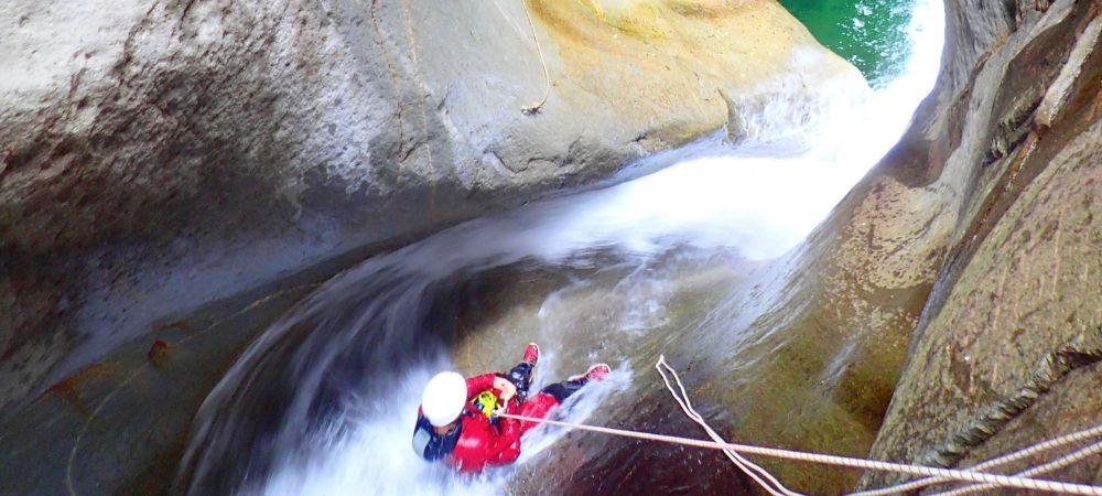 Présentation du canyoning à La Réunion avec Canyon Aventure