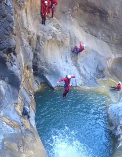 Saut canyon de Bras rouge à Cilaos