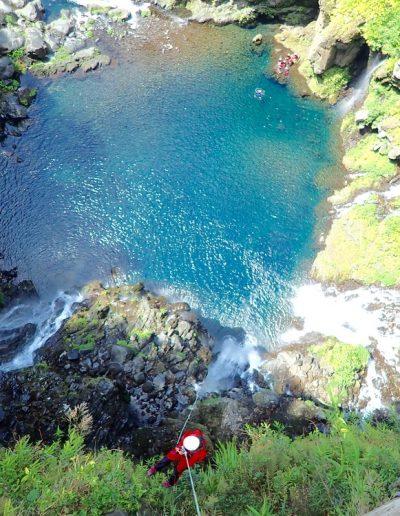 Canyon Langevin intégral, descente en rappel de la cascade de Grand Galet