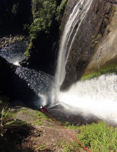 Rappel canyon de Takamaka